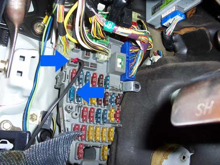 fusebox_constant stealth car alarm install 2nd generation acura integra da how to connect a wire to a car fuse box at crackthecode.co